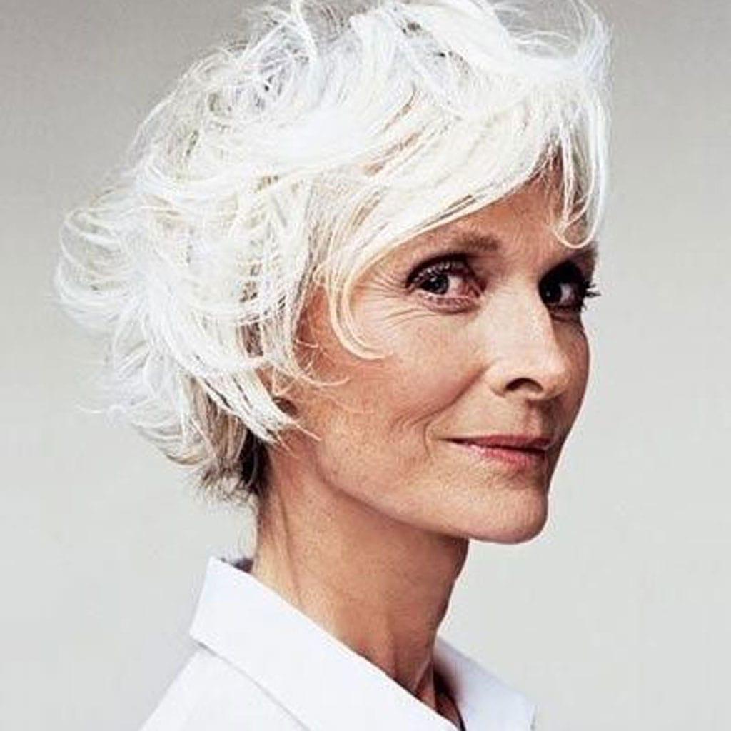 cheveux blancs lumineux