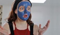 Masque à l'argile bleue tout simple par Parenthèse Tutoriels !